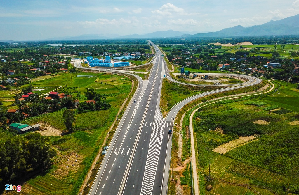 Dân khốn khổ vì nhà thầu cao tốc 34.500 tỷ chậm khắc phục đường – Đời sống