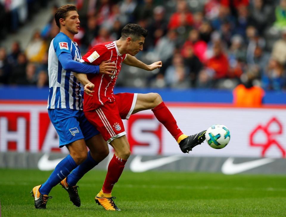 Willy Sagnol ra mat te hai trong tran dau dan dat Bayern Munich hinh anh 6