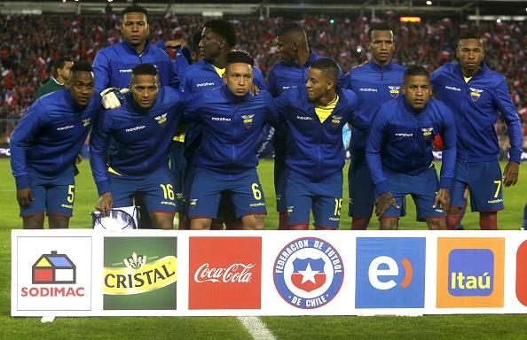 Sanchez toa sang giup Chile tien sat vong chung ket World Cup 2018 hinh anh 2