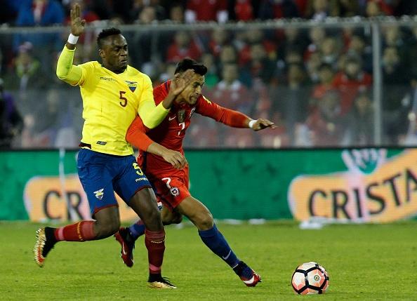 Sanchez toa sang giup Chile tien sat vong chung ket World Cup 2018 hinh anh 3