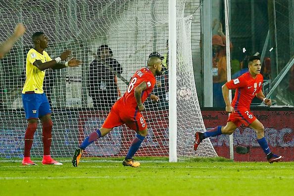 Sanchez toa sang giup Chile tien sat vong chung ket World Cup 2018 hinh anh 8