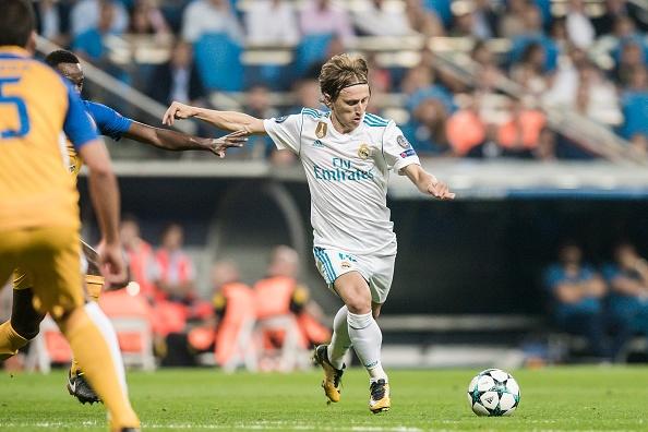 Danh bai APOEL, Real Madrid va Ronaldo lap ky luc Champions League hinh anh 3