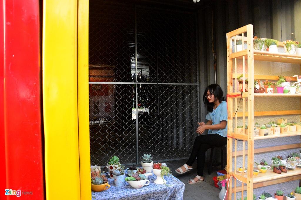 Cho lam bang thung container o ngoai o Sai Gon hinh anh 7