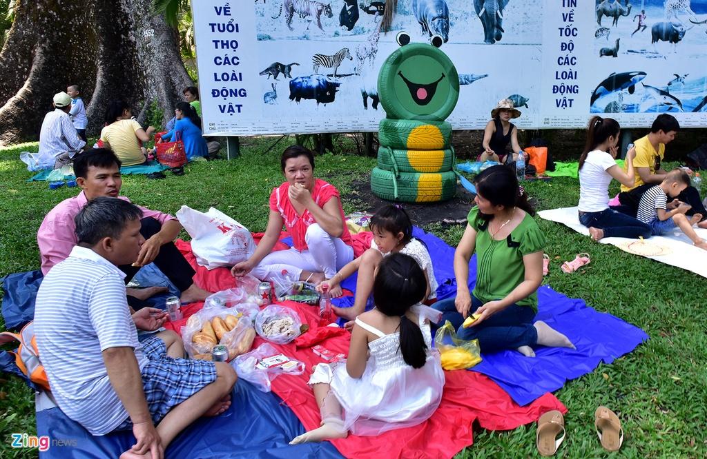 Du khach do ve Thao Cam Vien, Thu Le vui choi hinh anh 19
