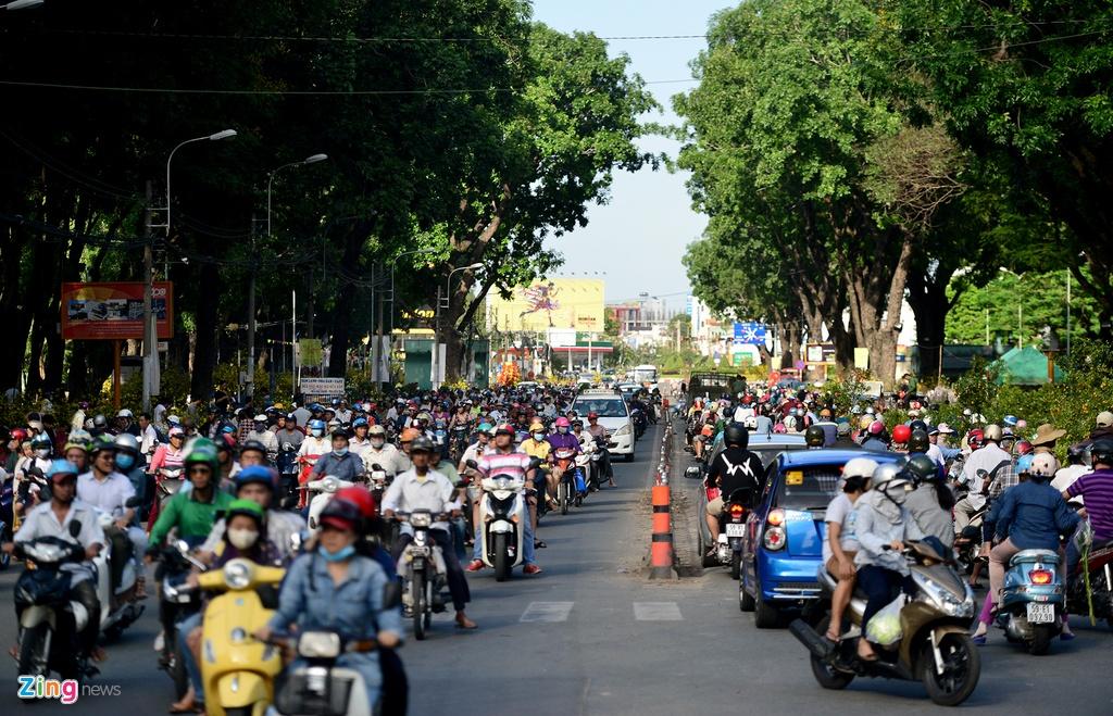 Pho phuong Ha Noi, Sai Gon chieu 30 Tet hinh anh 20