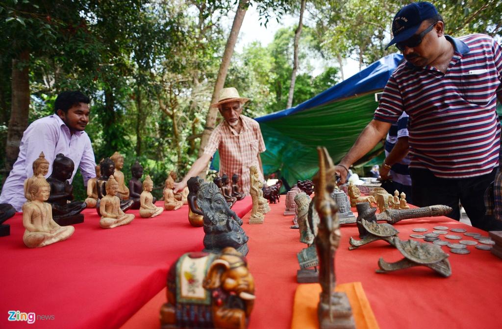Chinh phuc ngon nui tung la can cu cua Khmer Do hinh anh 6
