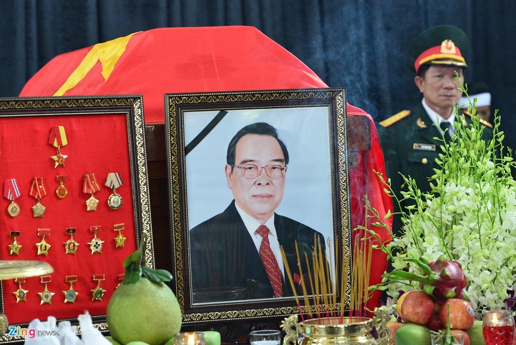 Nguoi dan den nha vieng co Thu tuong Phan Van Khai tu som hinh anh 10