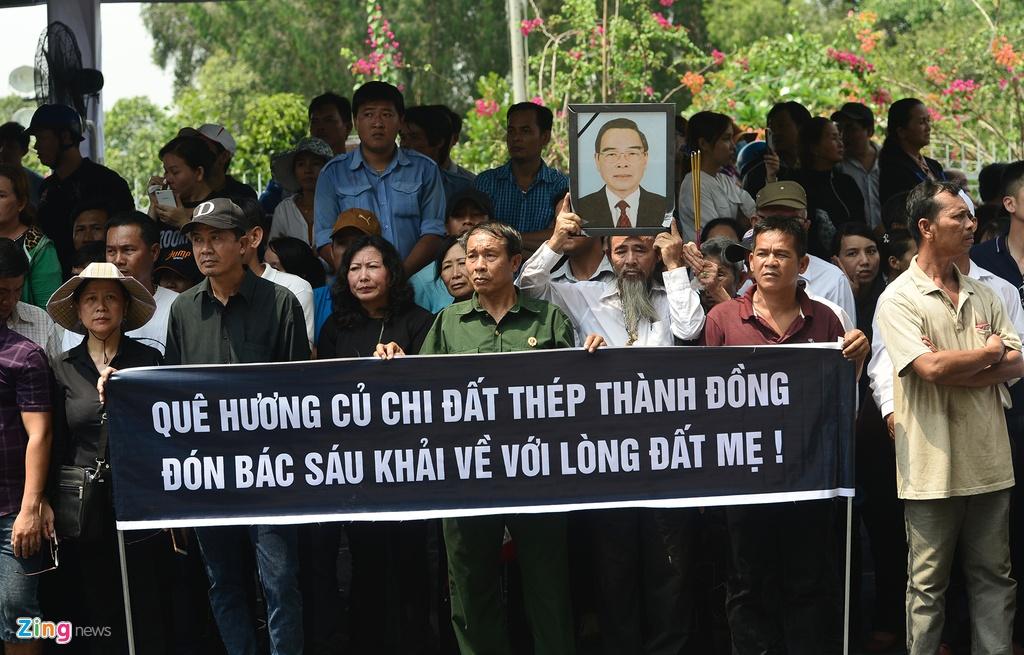 Khu mo co Thu tuong Phan Van Khai kin nguoi den vieng hinh anh 3