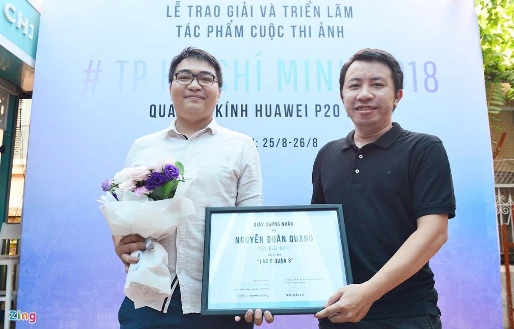Le trao giai va trien lam anh TP.HCM 2018 tai Duong sach Sai Gon hinh anh 2