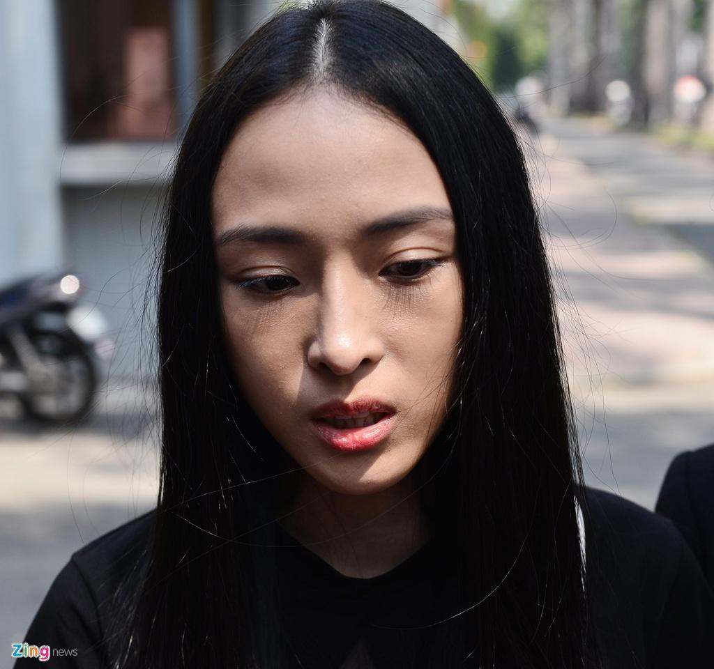 Hoa hau Phuong Nga,  quyet dinh dinh chi dieu tra anh 5