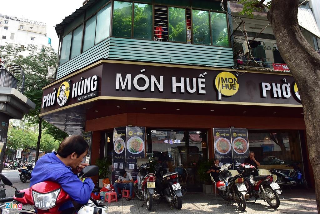 Hang loat chi nhanh Mon Hue dong cua o Sai Gon anh 13