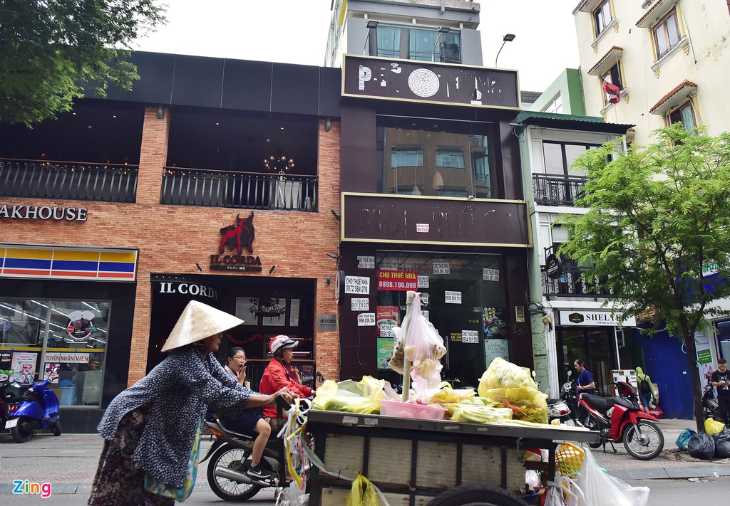 Hang loat chi nhanh Mon Hue dong cua o Sai Gon anh 7