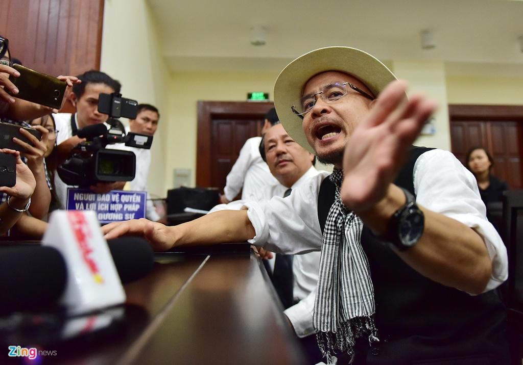 Ong Dang Le Nguyen Vu tram ngam sau khi toa tuyen an ly hon hinh anh 8