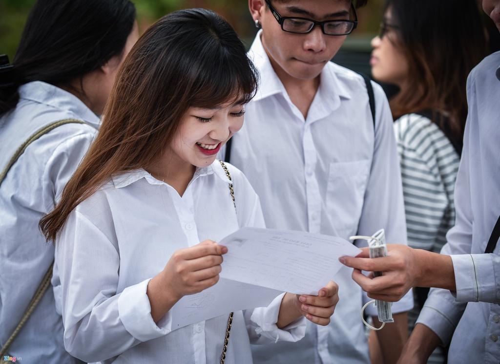Bo truong Phung Xuan Nha: 'Toi xin nhan trach nhiem' hinh anh 2