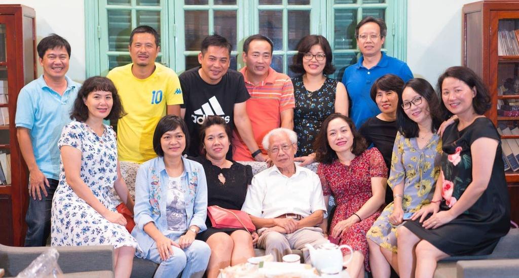 PGS Nguyen Lan Hieu: Co loi ich nhom sau tranh luan ve GS Ho Ngoc Dai hinh anh 4