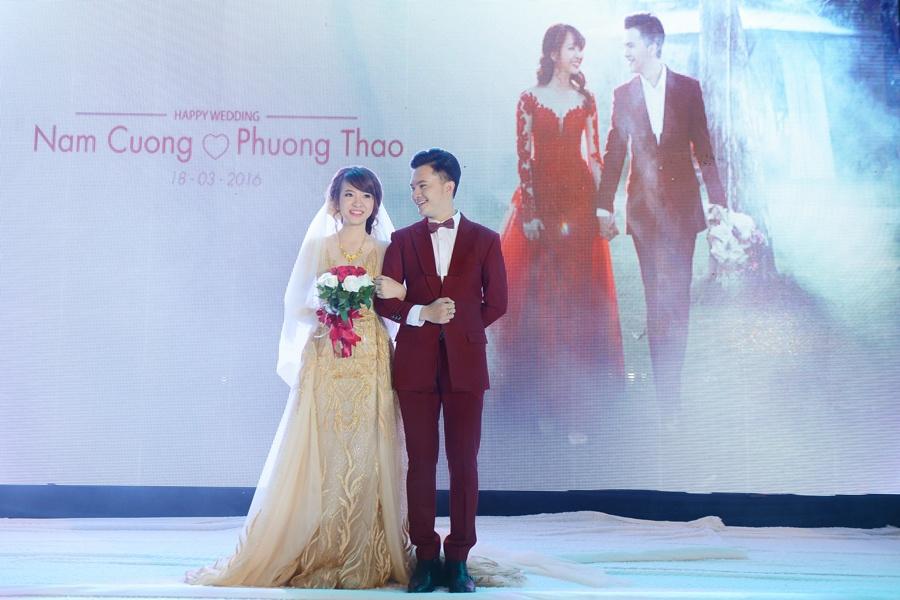 Nam Cuong say dam ben vo trong hon le o Ha Noi hinh anh 9