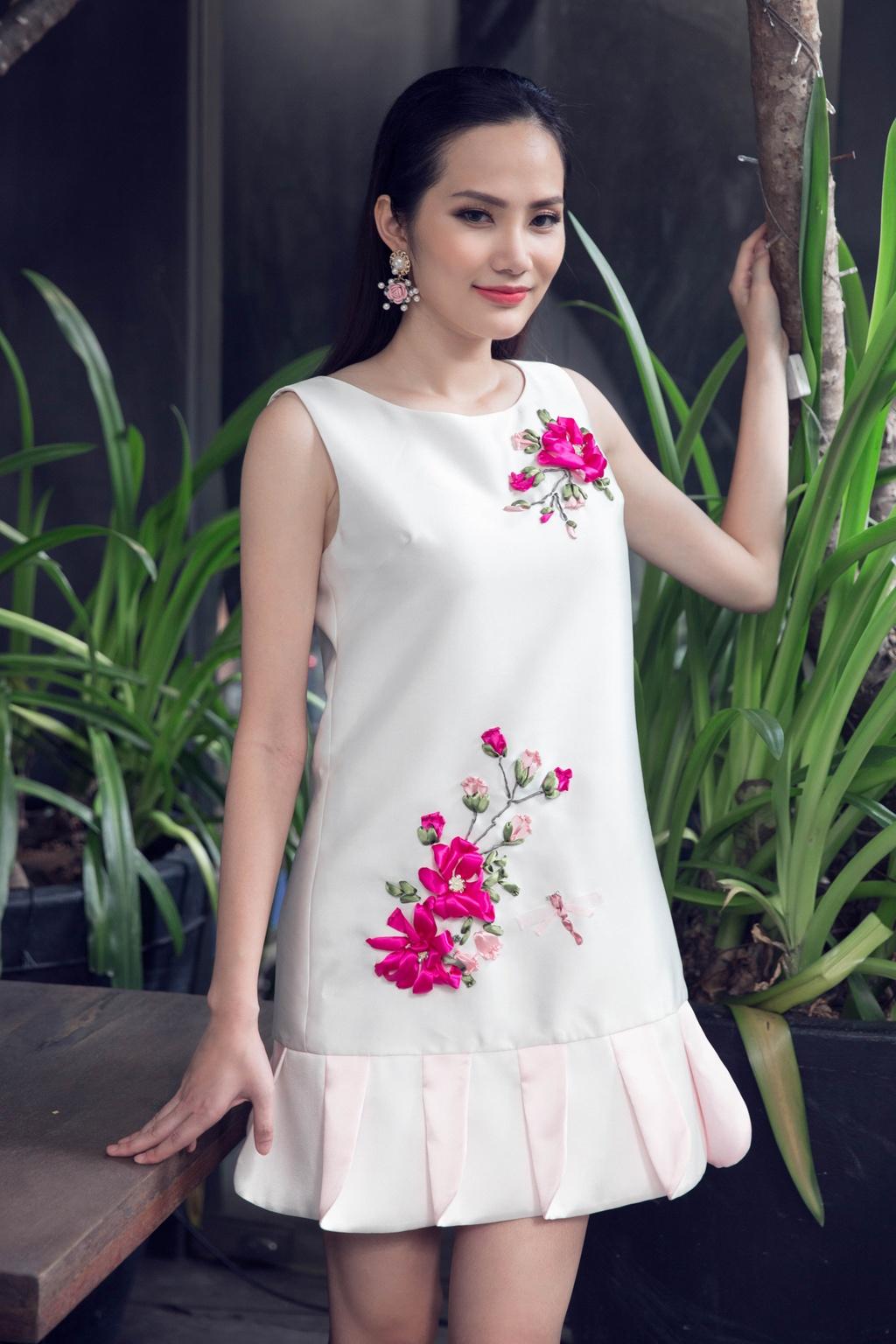 Hoa hau Dong Nam A goi y 10 bo canh dien cuoi tuan hinh anh 9