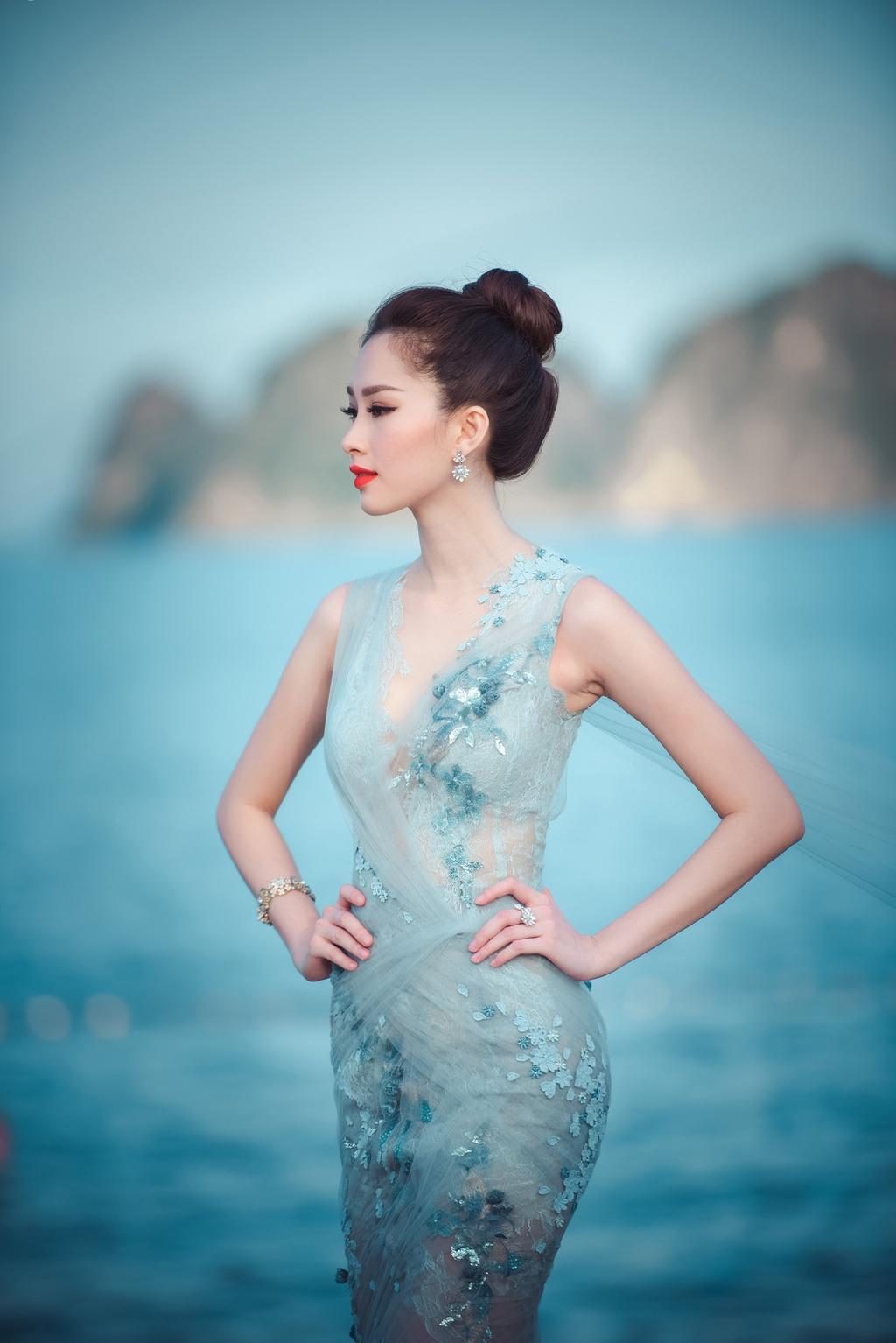 Dang Thu Thao mong manh tren vinh Ha Long hinh anh 2