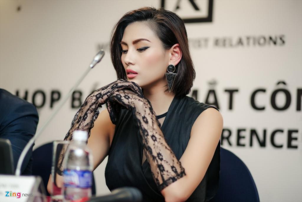Vo Hoang Yen o su kien anh 2