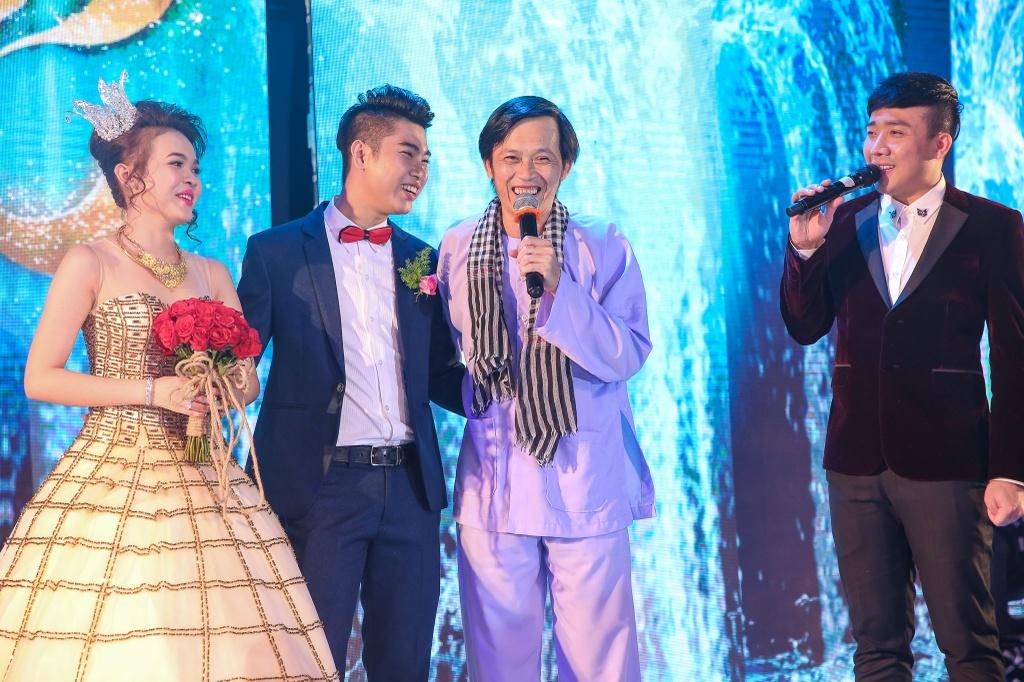 Hoai Linh, Tran Thanh dien hai o le cuoi thieu gia Can Tho hinh anh 2