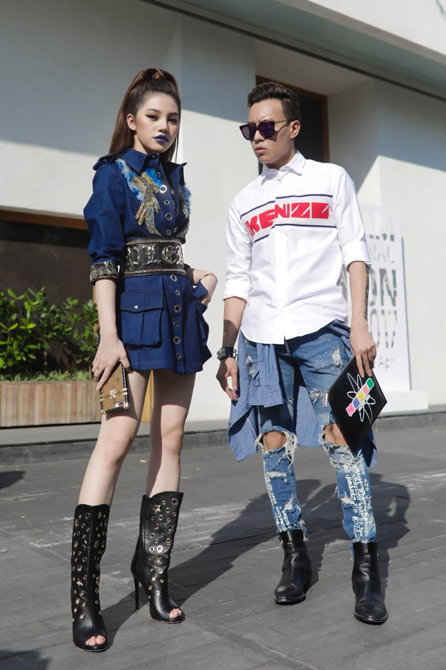 Phi Phuong Anh, Jolie Nguyen khoe sac street style hinh anh 3