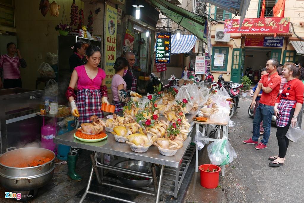 Pho phuong Ha Noi, Sai Gon chieu 30 Tet hinh anh 13