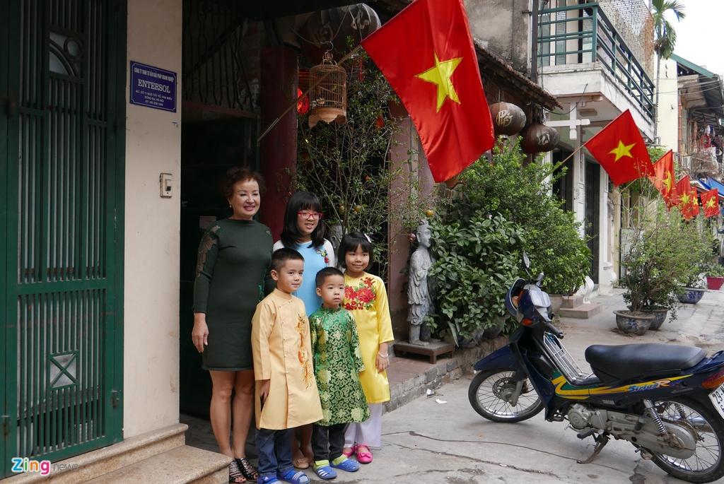 Pho phuong Ha Noi, Sai Gon chieu 30 Tet hinh anh 16