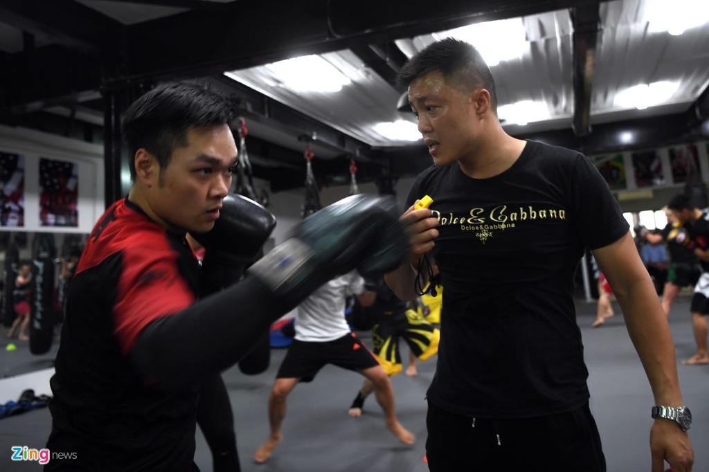 Kham pha lo vo tong hop MMA hang dau Ha Noi hinh anh 12