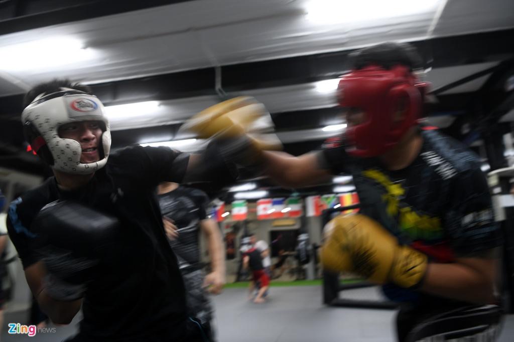 Kham pha lo vo tong hop MMA hang dau Ha Noi hinh anh 17