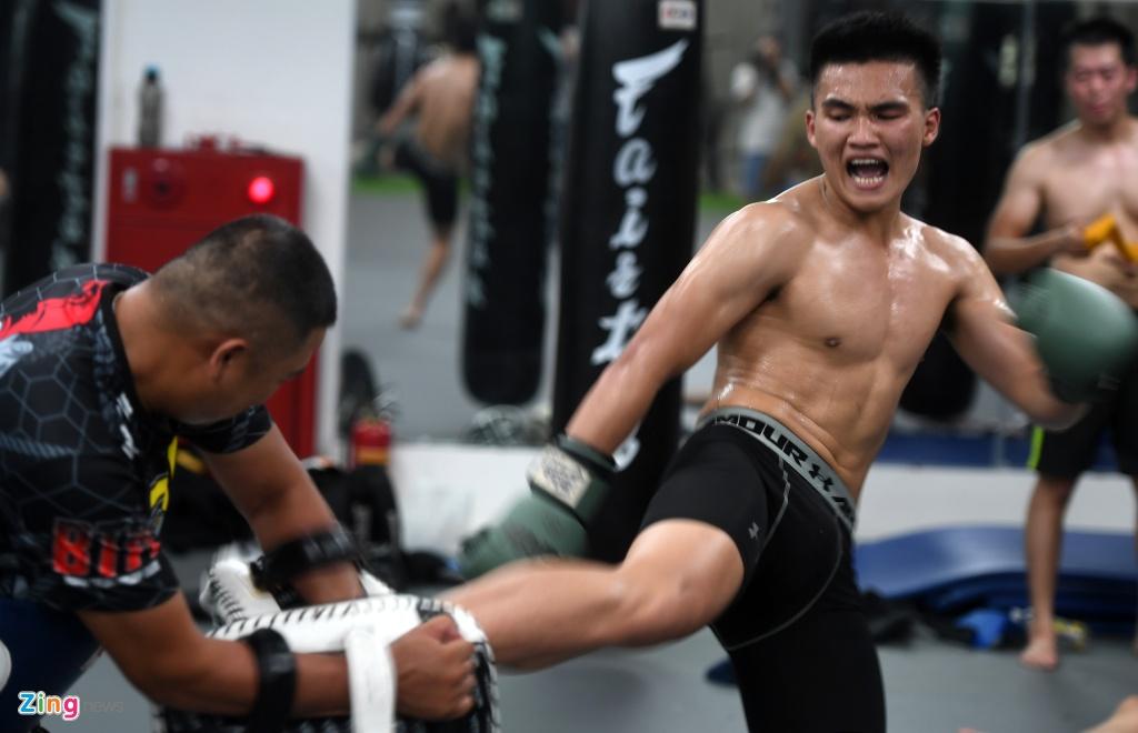 Kham pha lo vo tong hop MMA hang dau Ha Noi hinh anh 18
