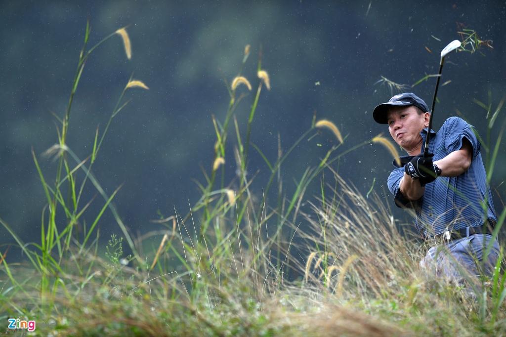Hon 100 CEO du APEC danh golf duoi mua tam ta o Hoi An hinh anh 8