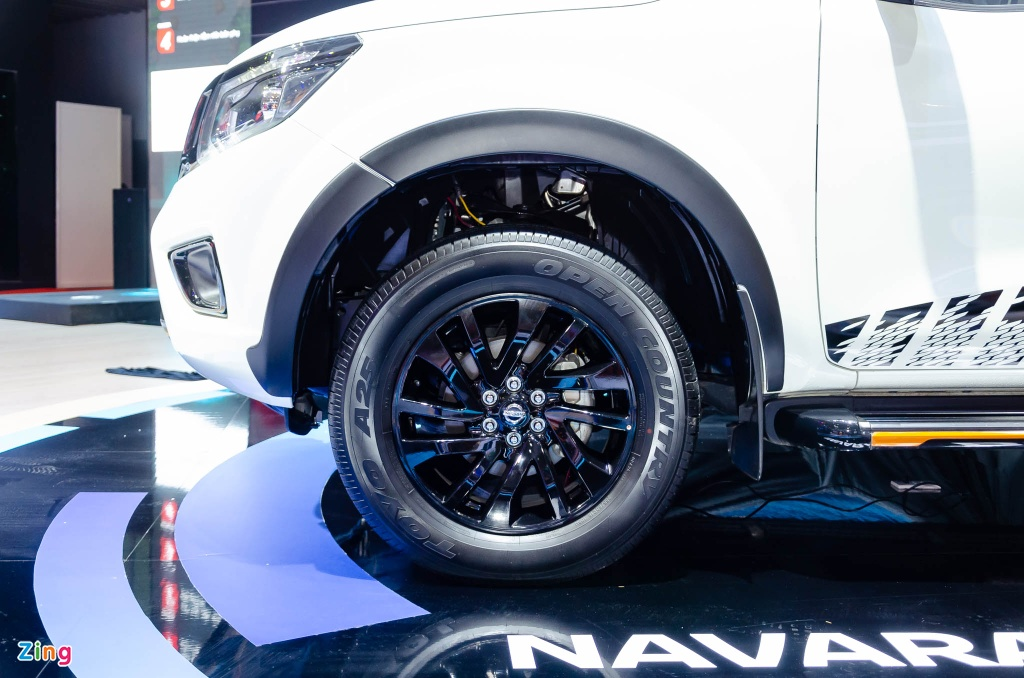Nissan Navara ban dac biet anh 5