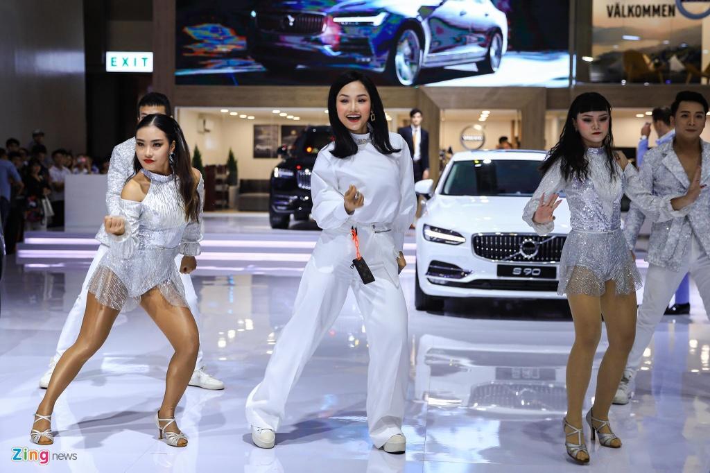 Miu Le xuat hien tai Vietnam Motor Show 2019 hinh anh 4