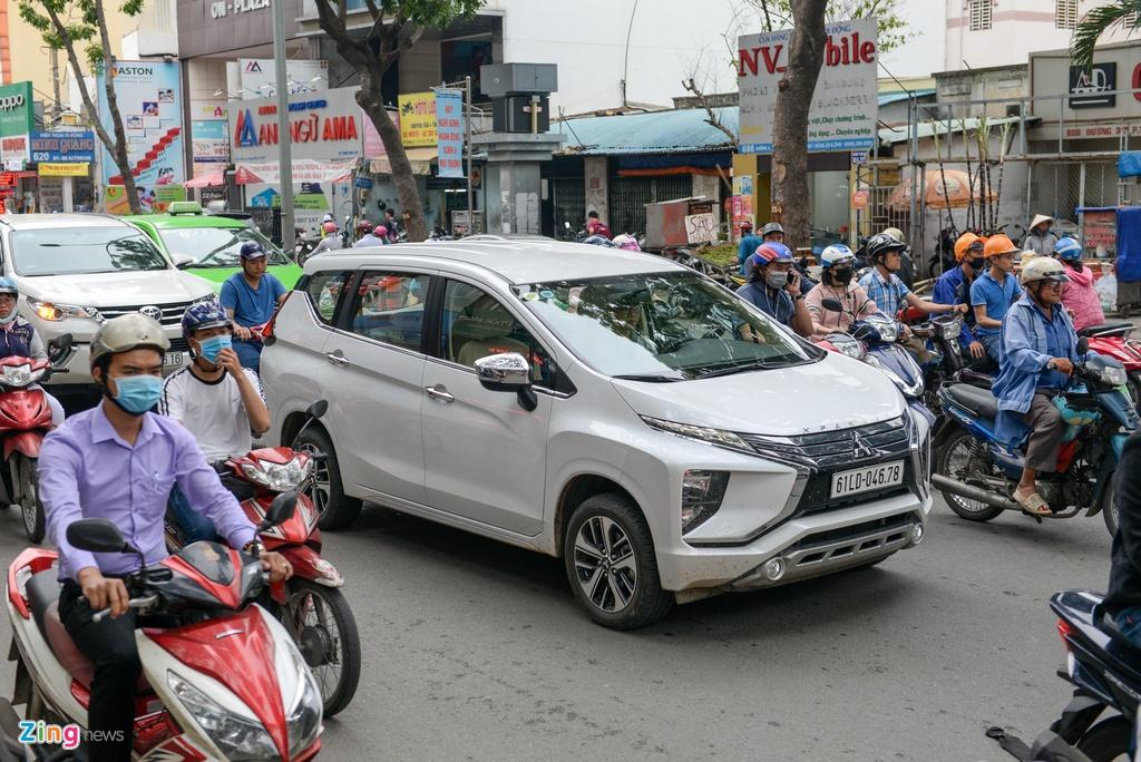 gia xe Mitsubishi Xpander anh 2