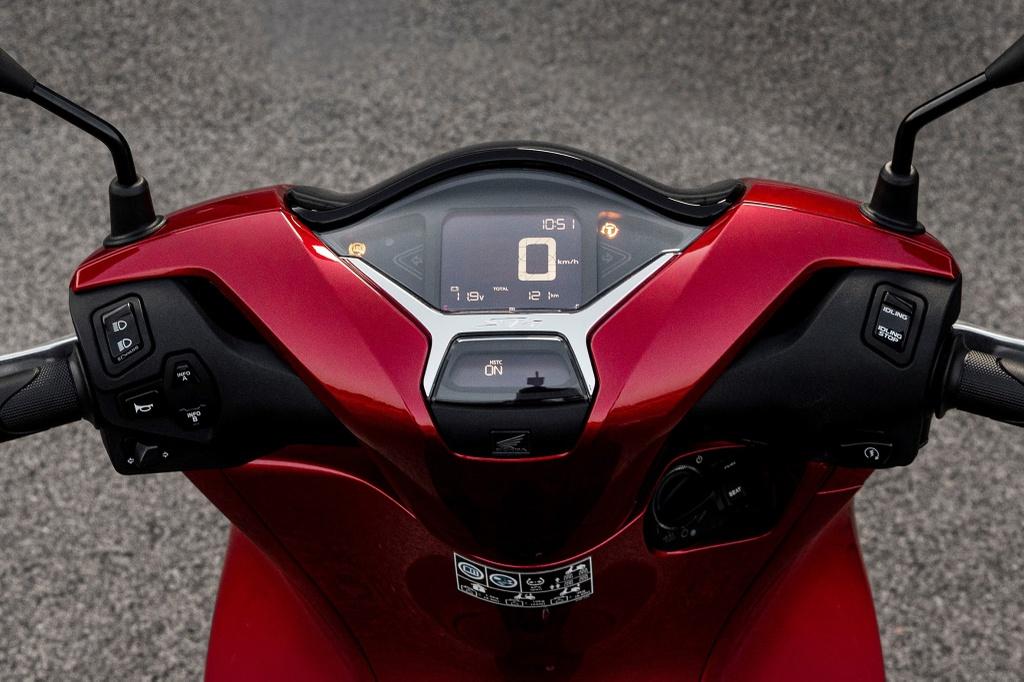 Honda SH 2020 vs. Piaggio Medley 2020 hinh anh 8