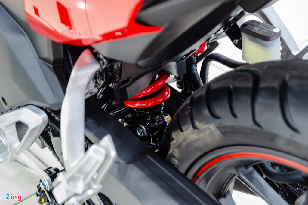 Honda Winner X lay cam hung tu moto dua, gia 50 trieu dong hinh anh 13