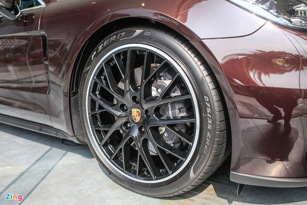 Chi tiet Porsche Panamera 4 Sport Turismo gia 6,642 ty tai VN hinh anh 5