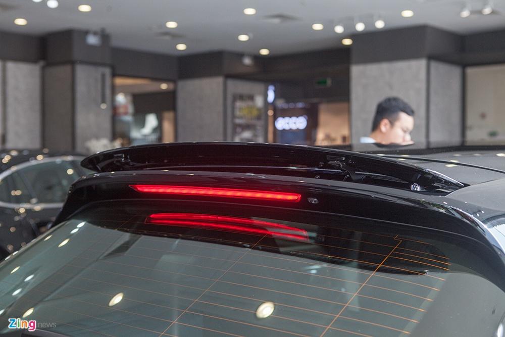 gia xe Porsche Panamera anh 7