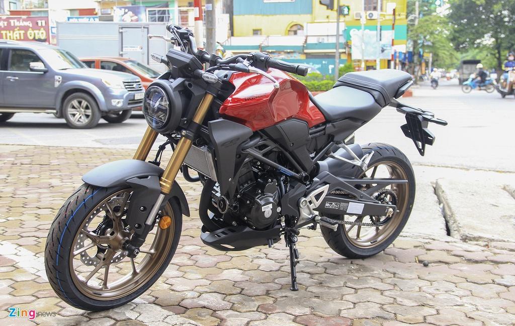 Cac mau moto gia 150 trieu phu hop cho nguoi moi choi hinh anh 6 CB300R_2232_zing.jpg
