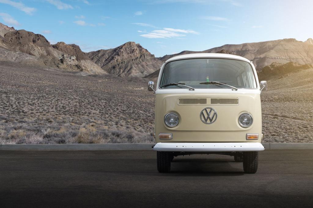 Volkswagen nang cap minivan co thanh xe dien hinh anh 9