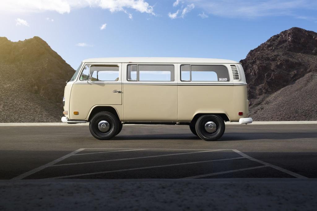 Volkswagen nang cap minivan co thanh xe dien hinh anh 2