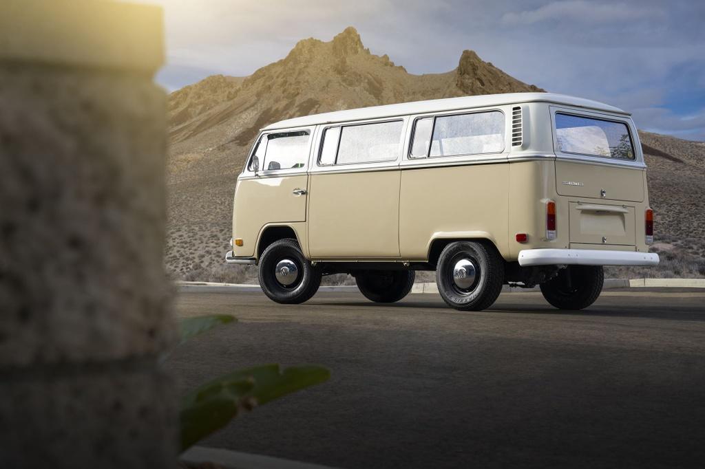 Volkswagen nang cap minivan co thanh xe dien hinh anh 3