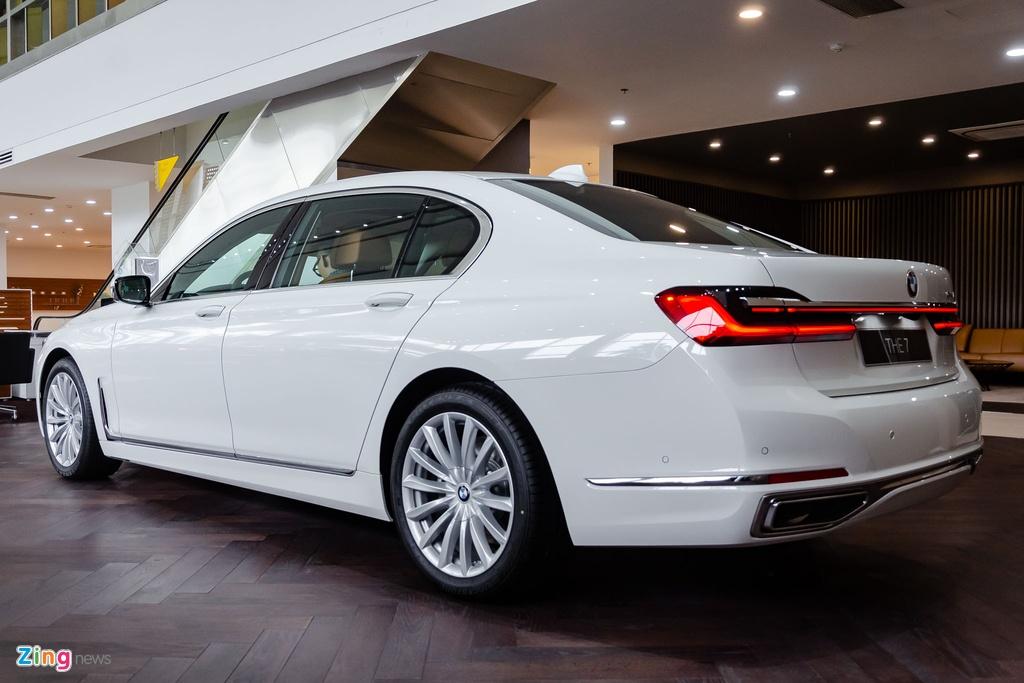 BMW 740Li 2020 gia 5,6 ty dong o Viet Nam, doi thu Mercedes S-Class hinh anh 2