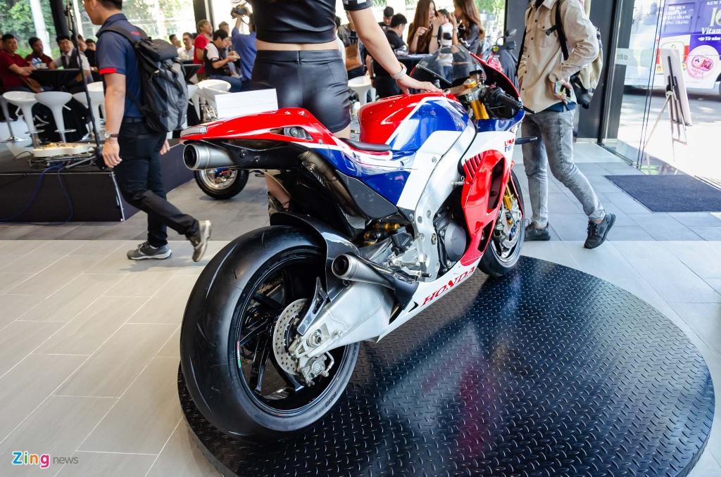 Loat moto doc quy tu tai TP.HCM tranh ngoi vuong xe do hinh anh 14 Honda_RC213VS_Zing_2_.jpg