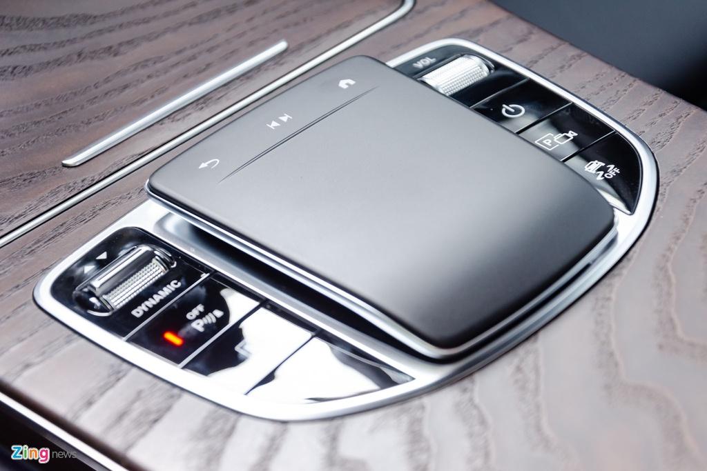 Chi tiet Mercedes-Benz GLC 200 4MATIC 2020 gia 2,04 ty lap rap tai VN hinh anh 19 Mercedes_GLC_2020_Zing_37_.jpg