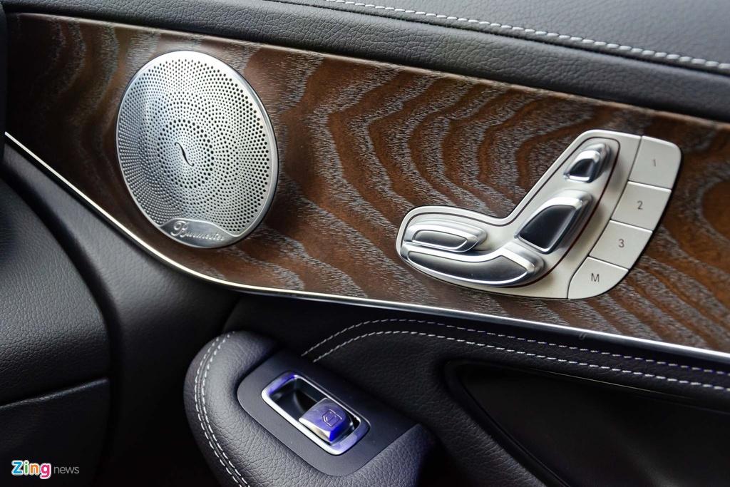 Chi tiet Mercedes-Benz GLC 200 4MATIC 2020 gia 2,04 ty lap rap tai VN hinh anh 24 Mercedes_GLC_2020_Zing_41_.jpg