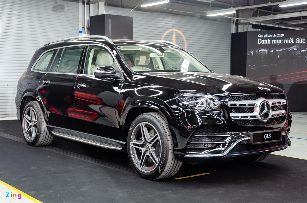 Chi tiet Mercedes GLS 450 4MATIC 2020 nhap My, gia 4,9 ty o VN hinh anh 2 Mercedes_GLS_450_4MATIC_2020_Zing_1_.jpg