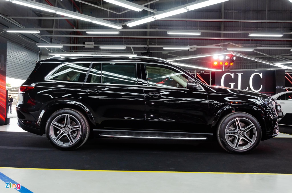 Chi tiet Mercedes GLS 450 4MATIC 2020 nhap My, gia 4,9 ty o VN hinh anh 6 Mercedes_GLS_450_4MATIC_2020_Zing_2_.jpg
