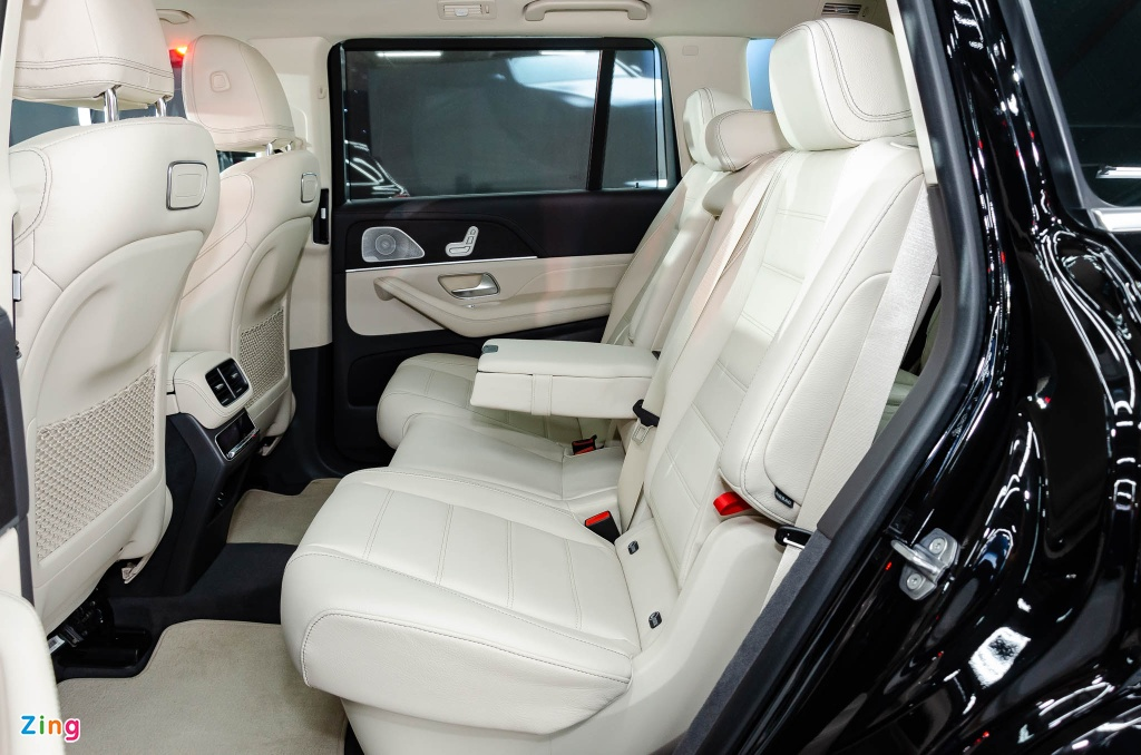 Chi tiet Mercedes GLS 450 4MATIC 2020 nhap My, gia 4,9 ty o VN hinh anh 9 Mercedes_GLS_450_4MATIC_2020_Zing_8_.jpg