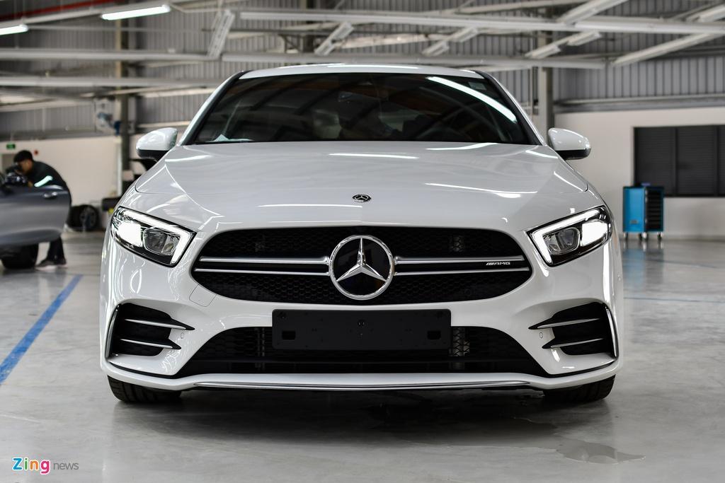 Mercedes-AMG A 35 4MATIC Sedan - xe the thao gia 2,249 ty tai VN hinh anh 3 Mercedes_AMG_A_35_Sedan_Zing_21_.jpg